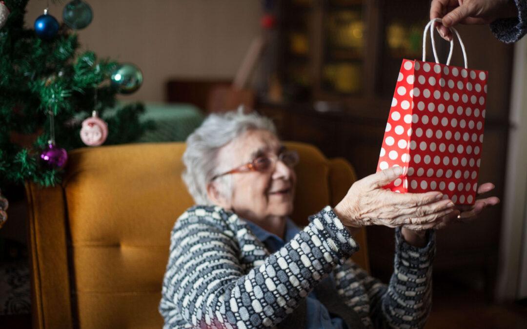 """Verso Natale, pensando al """"volontariato delle corti"""""""